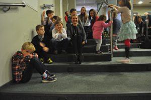 1-dzieci przed występem